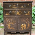 Early 19th Century English Chinoiserie Decorated Cabinet